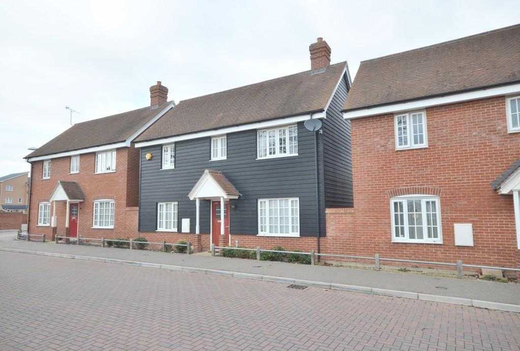 3 Bedrooms Detached House for sale in Richmond Road, Colchester CO2 7FJ