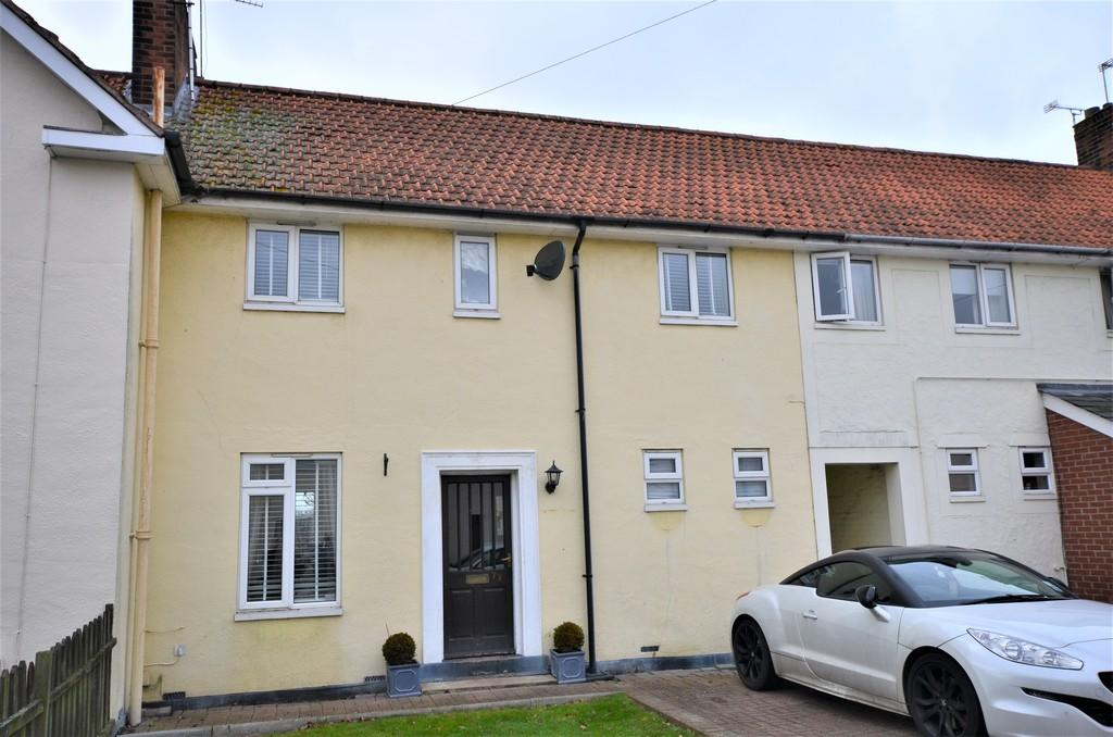 3 Bedrooms Terraced House for sale in Collingwood Road, Lexden, CO3 9AY