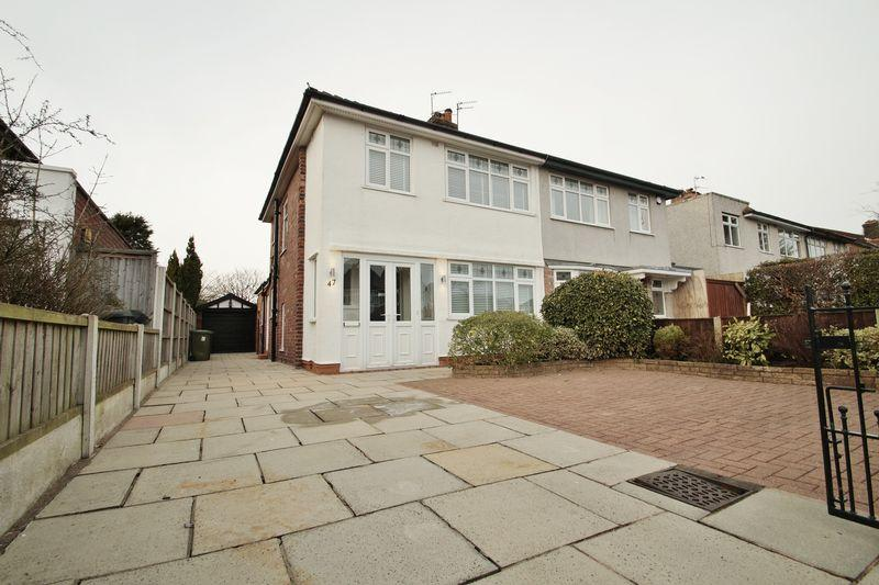 3 Bedrooms Semi Detached House for sale in Beresford Drive, Southport
