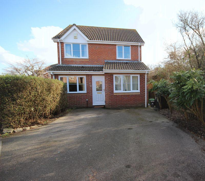 4 Bedrooms Detached House for sale in PUREWELL CHRISTCHURCH