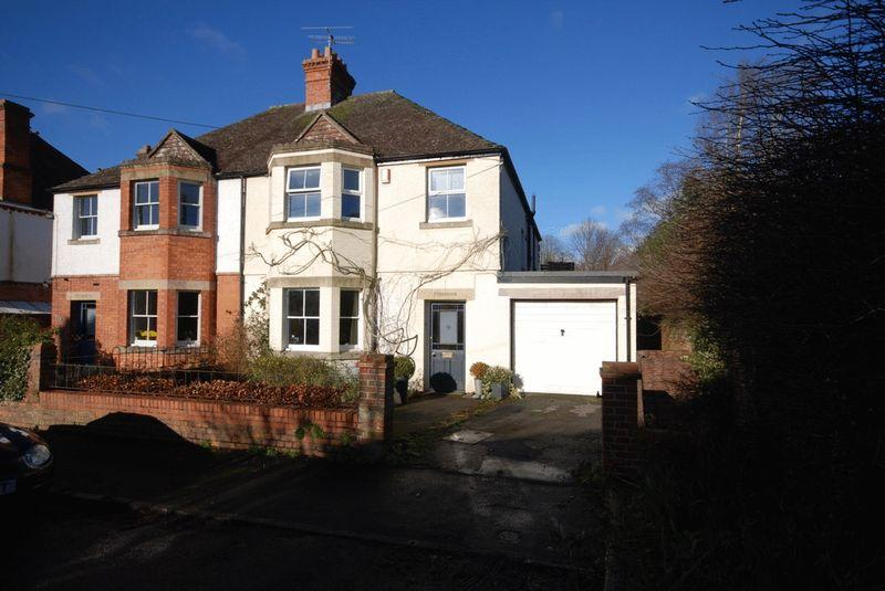 4 Bedrooms House for sale in Central Wells
