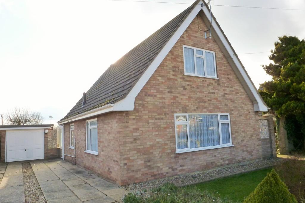 2 Bedrooms Chalet House for sale in Trunch