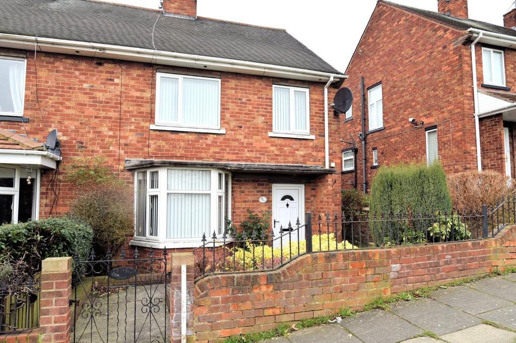 4 Bedrooms Semi Detached House for sale in Broadway, Swinton, Swinton