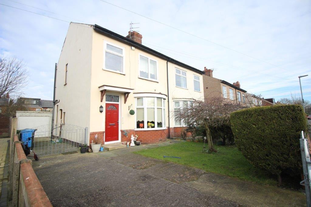 3 Bedrooms Semi Detached House for sale in Haworth Crescent, Poulton-le-Fylde