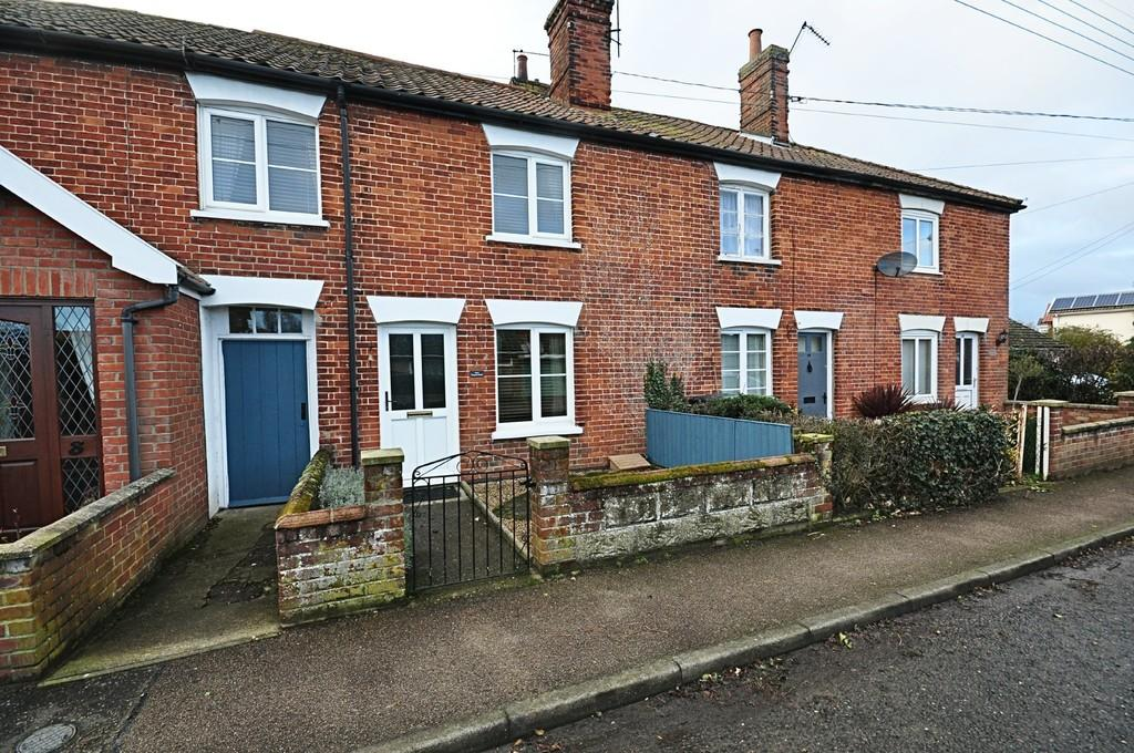 3 Bedrooms Terraced House for sale in Mission Road, Diss