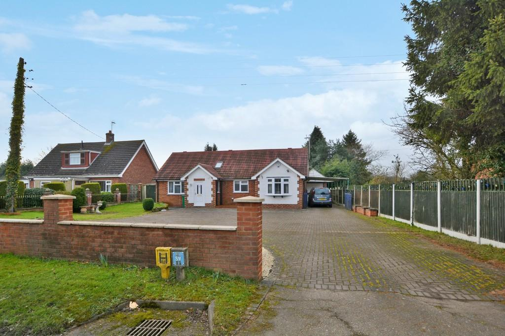 4 Bedrooms Chalet House for sale in Hill View, Barnby Road, Newark