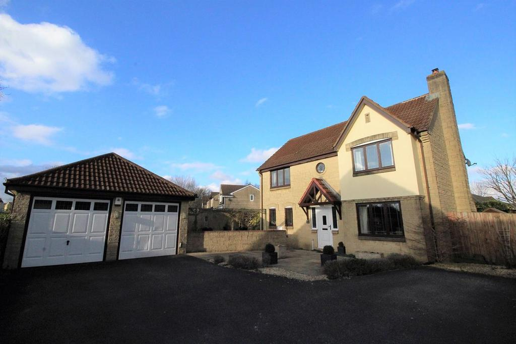 4 Bedrooms Detached House for sale in Underleaf Way, Peasedown St. John, Bath