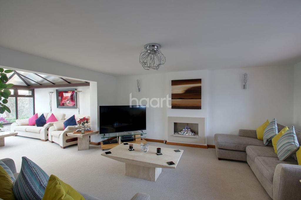 4 Bedrooms Detached House for sale in Cooling Road, High Halstow, ME3