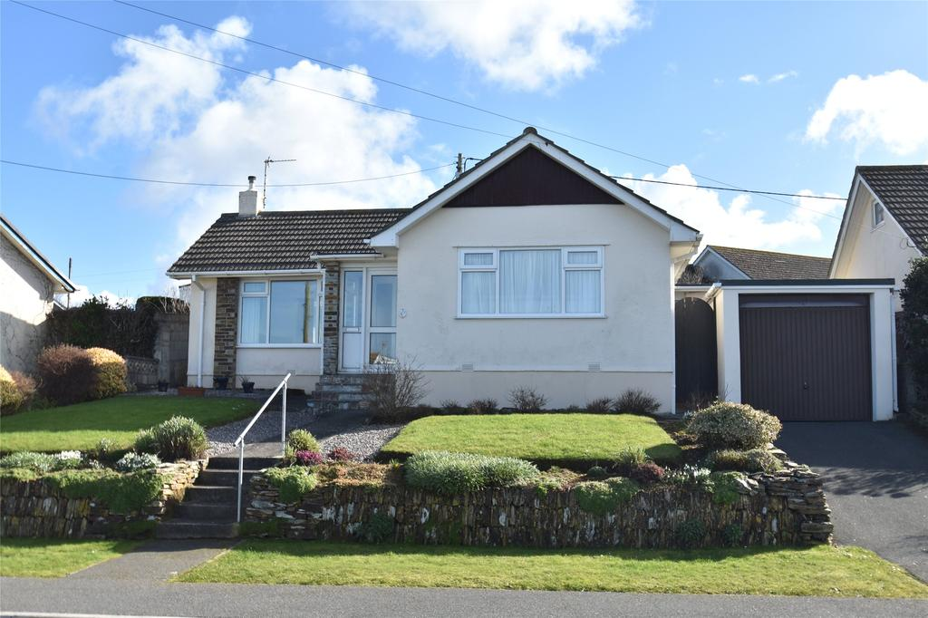 2 Bedrooms Detached Bungalow for sale in Veor Road, Newquay