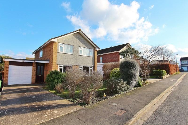 4 Bedrooms Detached House for sale in Evenlode Way, Keynsham, Bristol
