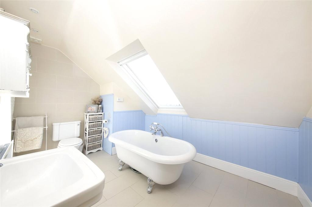 3 Bedrooms Terraced House for sale in Upper Fant Road, Maidstone, ME16