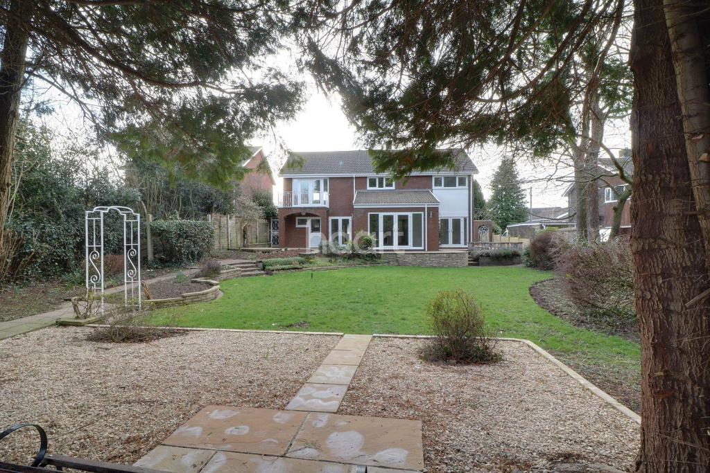 4 Bedrooms Detached House for sale in Primrose Green, Raglan, Usk, Monmouth