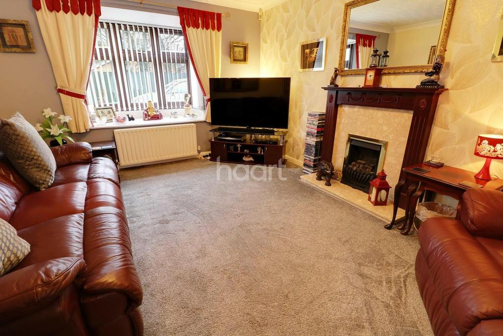 3 Bedrooms Bungalow for sale in Elvington Road, Lincoln