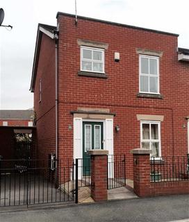 3 bedroom terraced house to rent - Mytton Street, Hulme, Manchester, M15