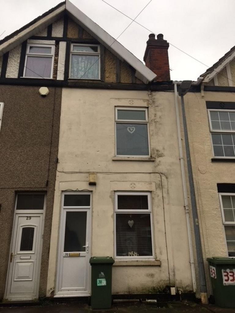 3 Bedrooms Terraced House for sale in Edward Street, Grimsby DN32