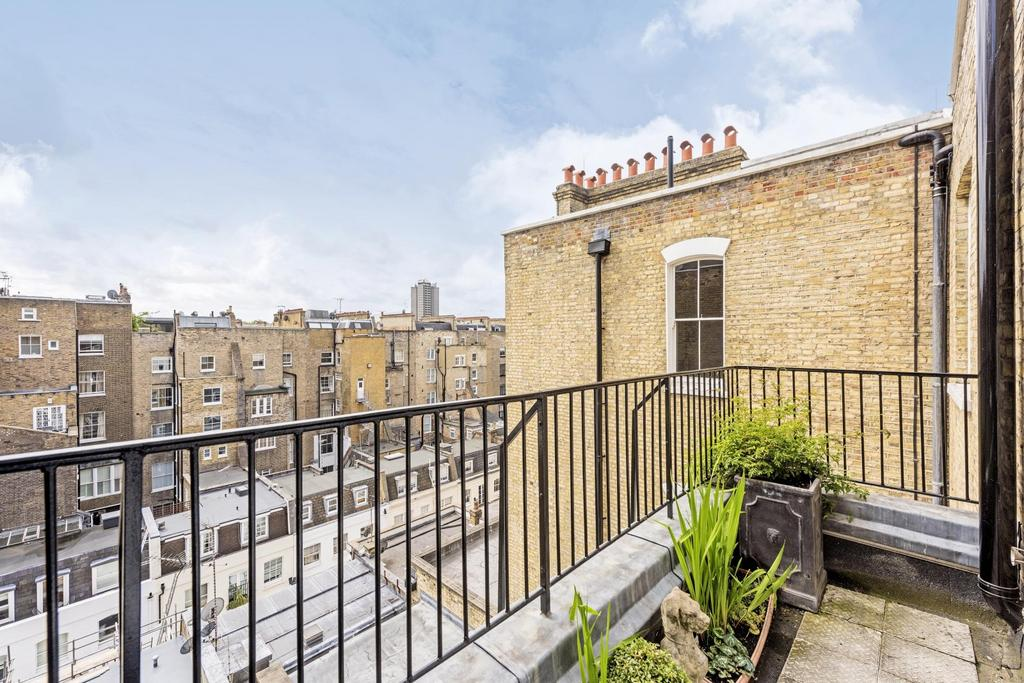 Queen 39 s gate terrace sw7 studio to rent 1 473 pcm for Queens gate terrace