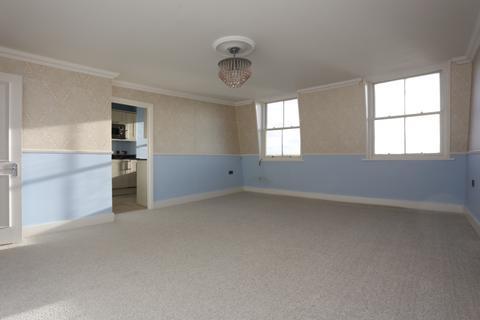 2 bedroom flat to rent - Brunswick Terrace, Hove