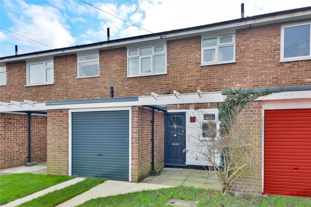 3 Bedrooms Terraced House for sale in Hawkley Gardens, London, SE27