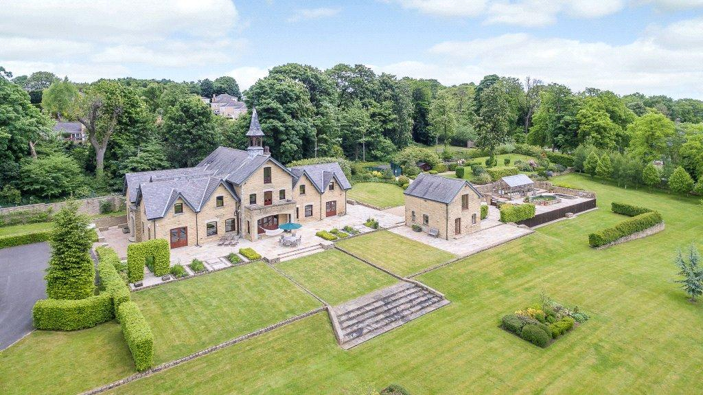 5 Bedrooms Detached House for sale in Oakhill Farmhouse, Roundhay Park Lane, Leeds, West Yorkshire, LS17