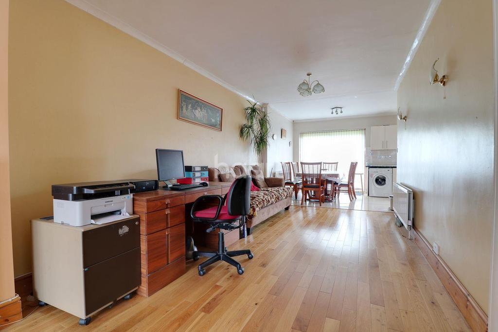 5 Bedrooms Semi Detached House for sale in Alicia Avenue, HA3