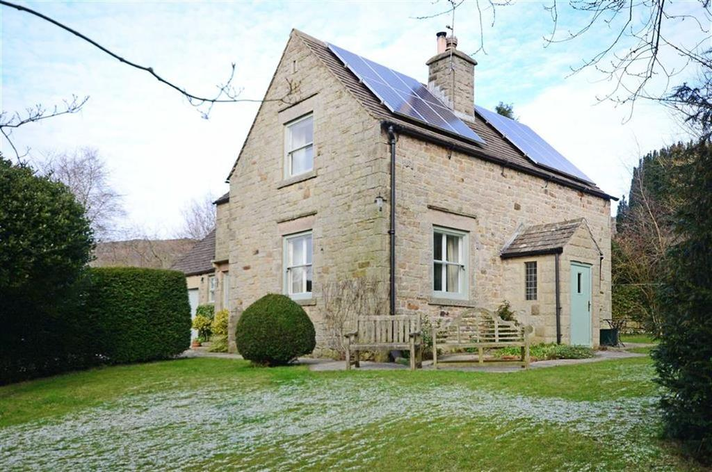 4 Bedrooms Detached House for sale in Holly Tree Cottage, Bar Road, Curbar, Hope Valley, Derbyshire, S32