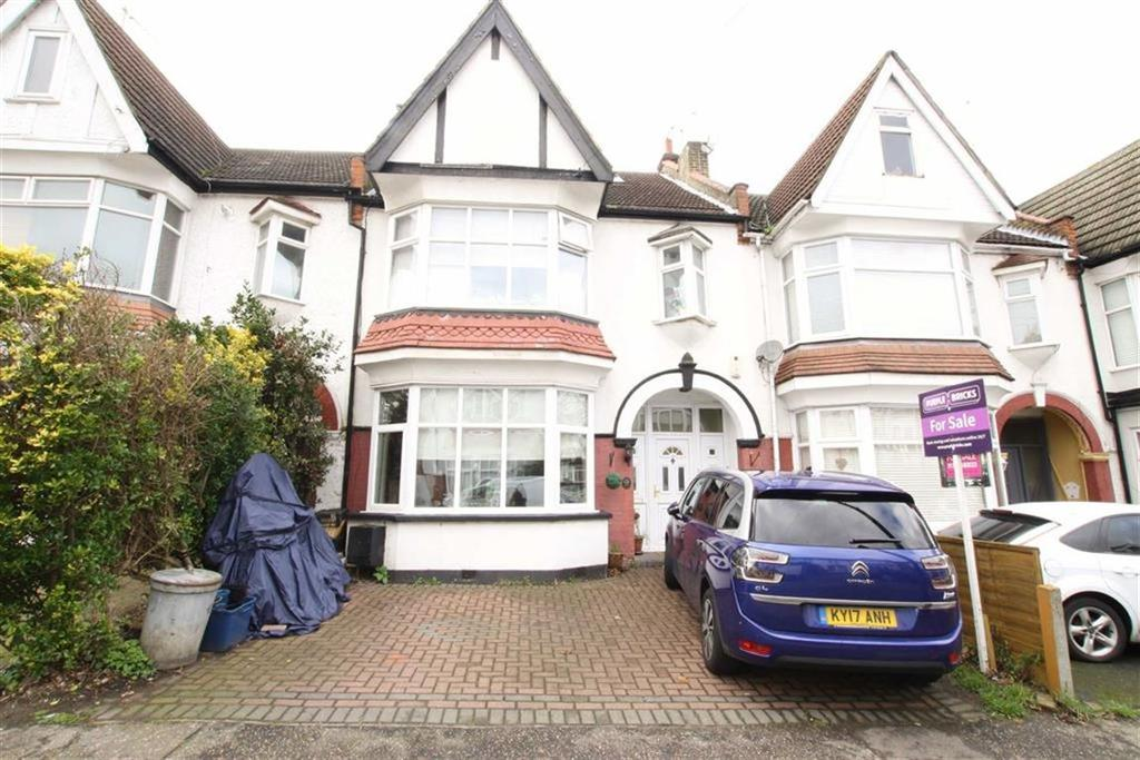 4 Bedrooms Terraced House for sale in Oakleigh Park Drive, Leigh-on-sea