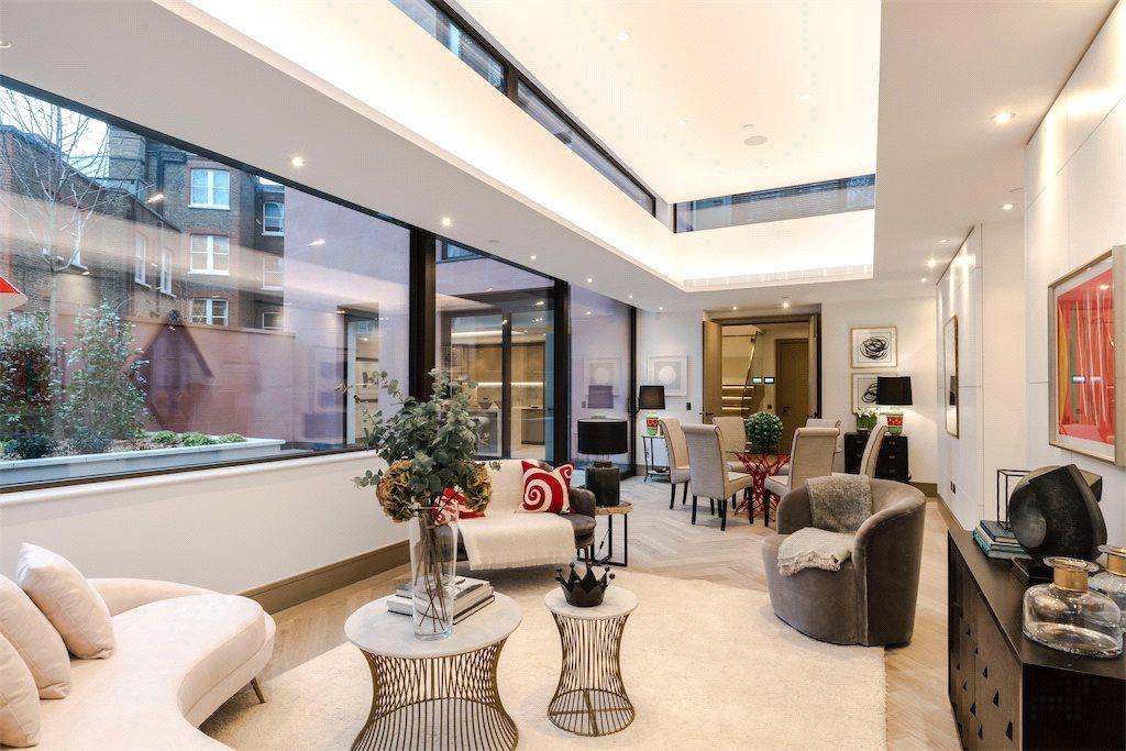 2 Bedrooms Duplex Flat for sale in Chiltern Street, Marylebone, W1U