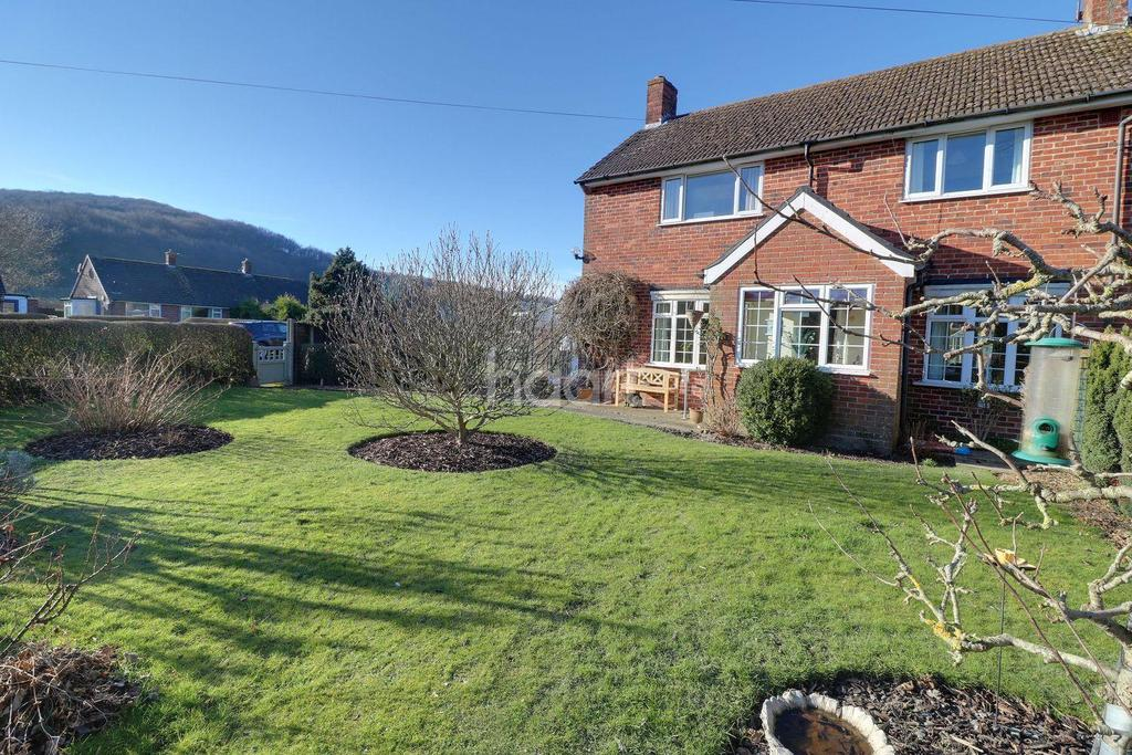 3 Bedrooms Semi Detached House for sale in Glebe Road, Buriton