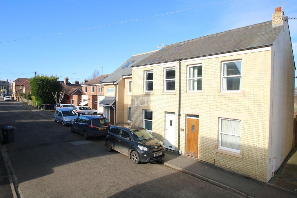 2 Bedrooms Semi Detached House for sale in Seymour Street, Cambridge
