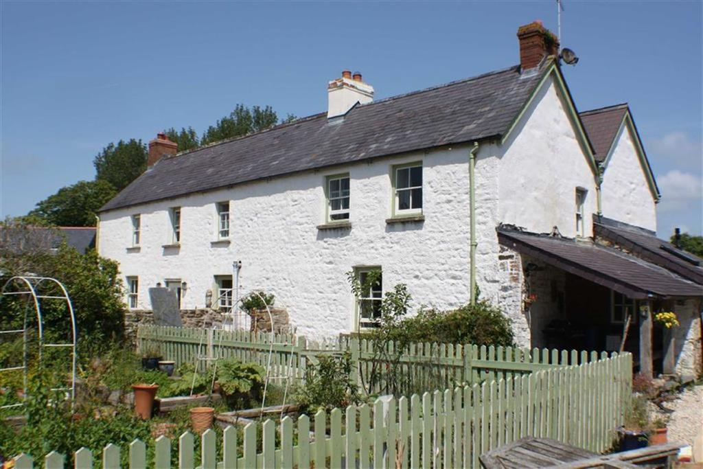 4 Bedrooms House for sale in Llandigwynnet House, Nr Sageston, Tenby, Pembrokeshire, SA70