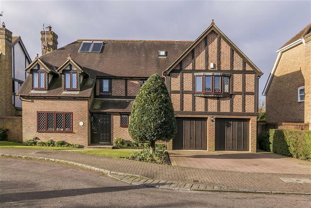 6 Bedrooms Detached House for sale in Wessels, Tadworth, Surrey