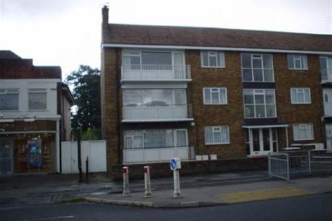2 bedroom flat to rent - Kingston Road, Willerby, Hull, East Yorkshire