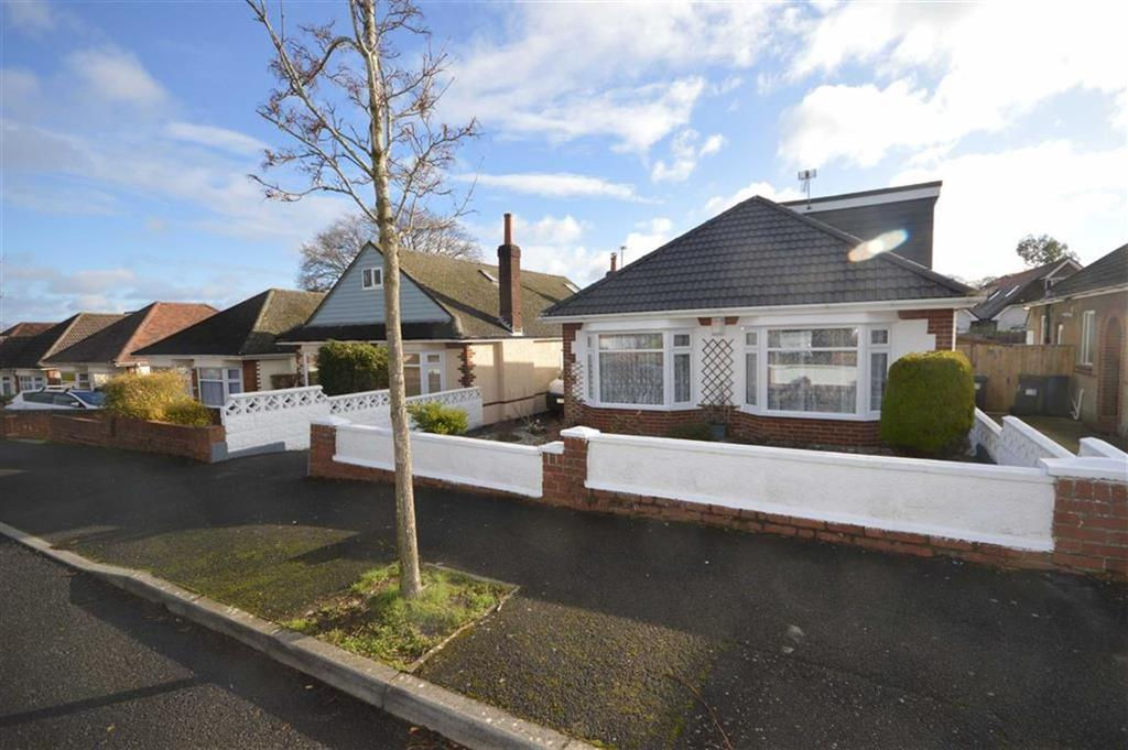 4 Bedrooms Chalet House for sale in Brierley Road, Bournemouth, Dorset, BH10