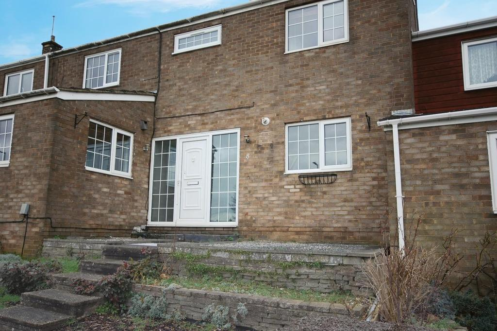 4 Bedrooms Terraced House for rent in Grace Way, Stevenage