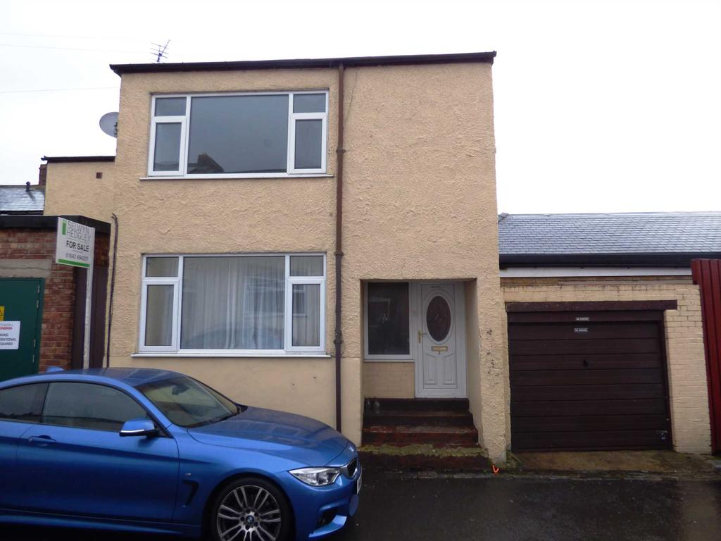 3 Bedrooms Semi Detached House for sale in Penfold High Street, Brotton