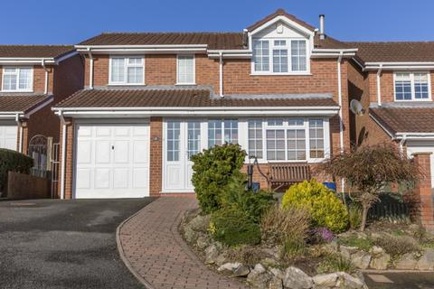 4 bedroom detached house for sale - 10 Kingfisher Close, Newport, Shropshire, TF10 8QD