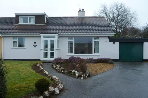 3 bedroom detached bungalow to rent - Knights Meadow, Carnon Downs, Truro, Cornwall, TR3
