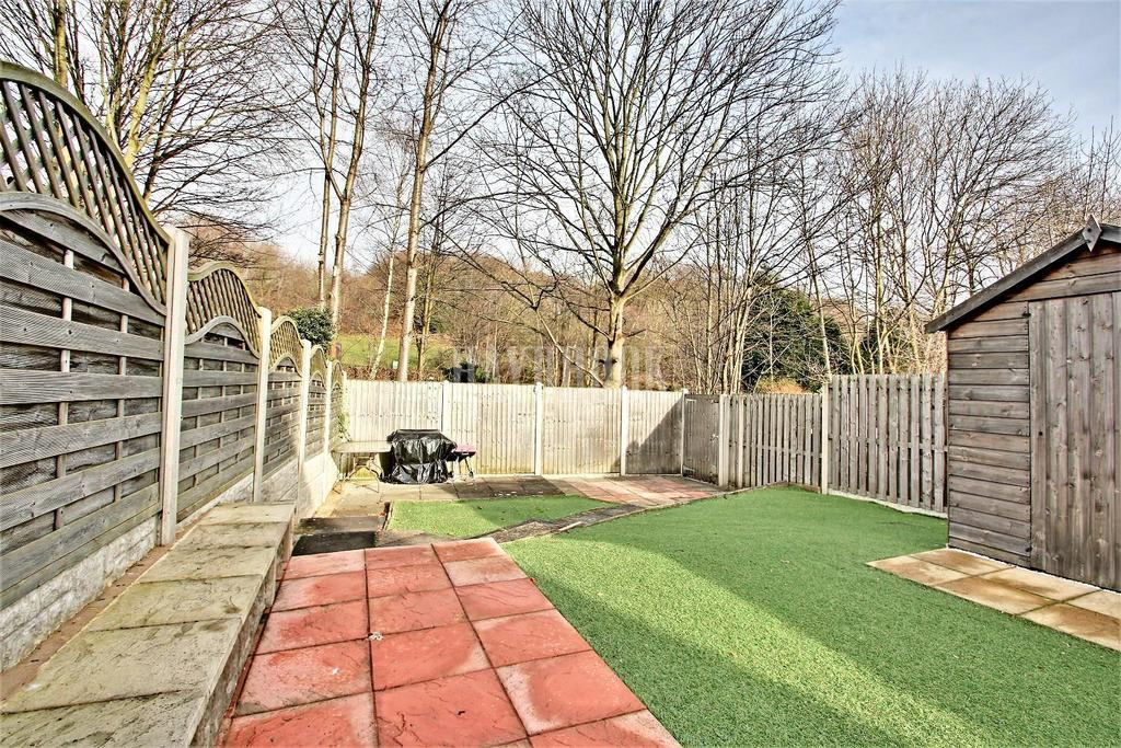 3 Bedrooms Semi Detached House for sale in Standon Drive, Wincobank