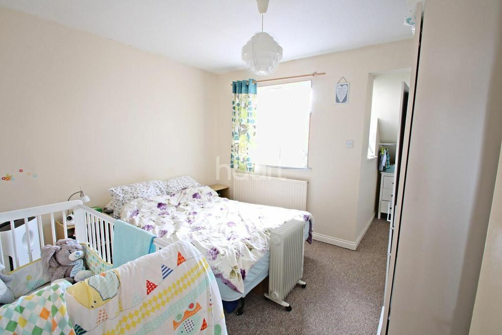 2 Bedrooms Semi Detached House for sale in Fox Covert, Loughborough