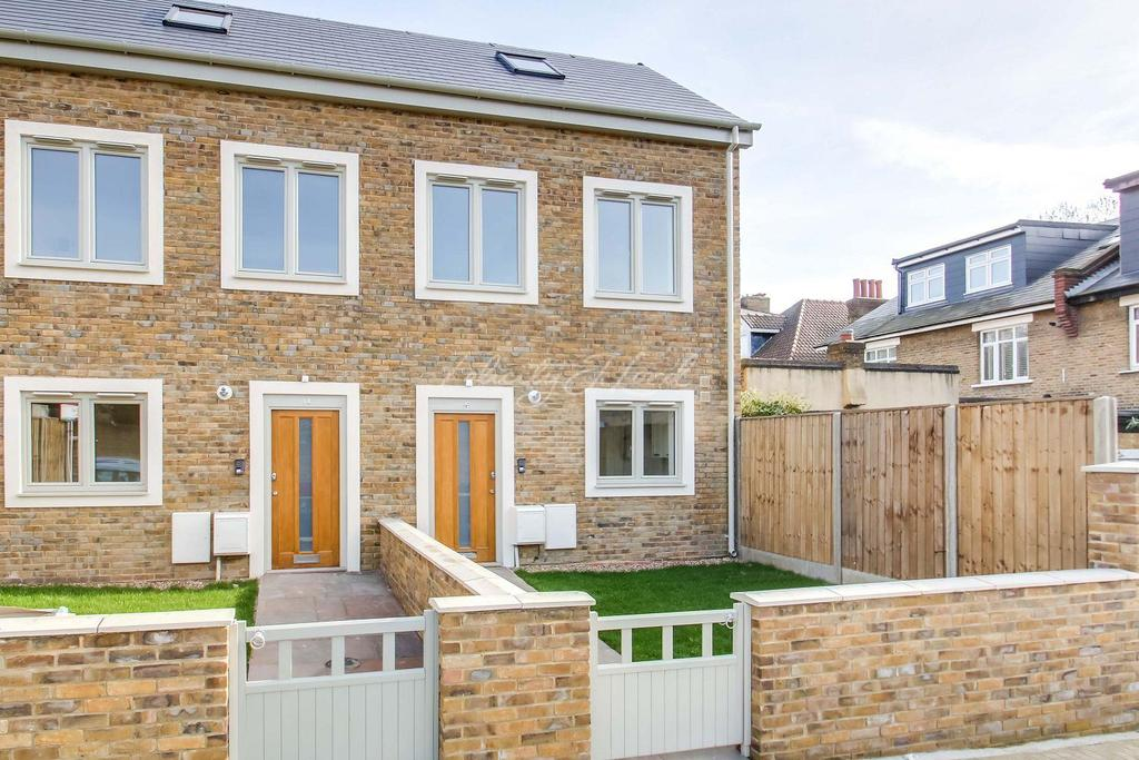 2 Bedrooms Semi Detached House for sale in Park Rise Road, Forest Hill, London, SE23 1RT