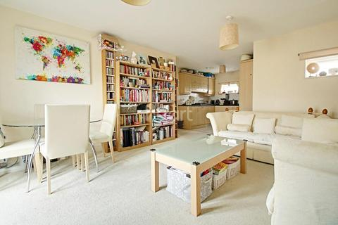 2 bedroom flat for sale - Chieftain Way, Cambridge