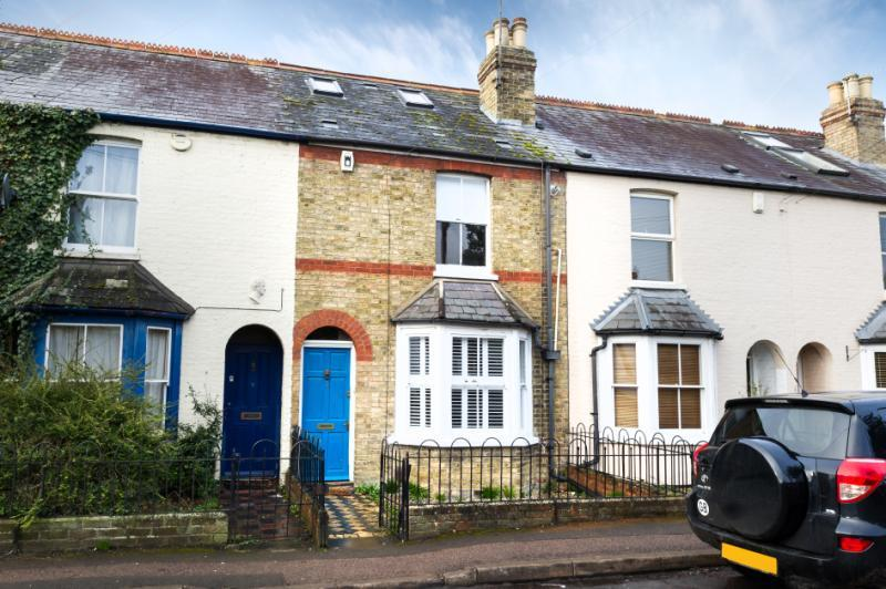 3 Bedrooms Terraced House for sale in Chapel Lane, Littlemore, Oxford, Oxfordshire