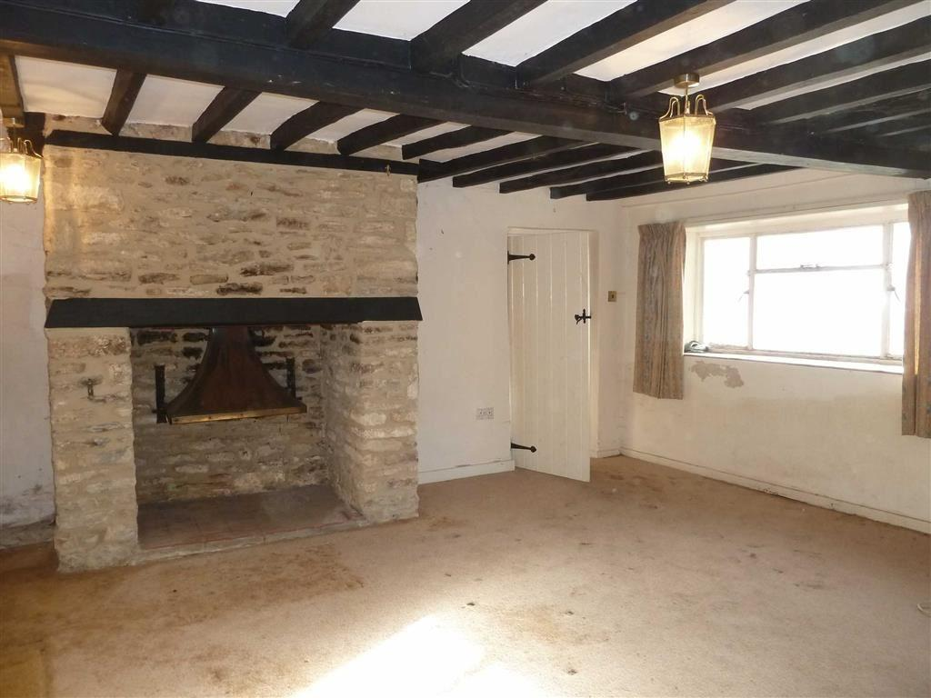 Beauty Room To Rent Stratford Upon Avon