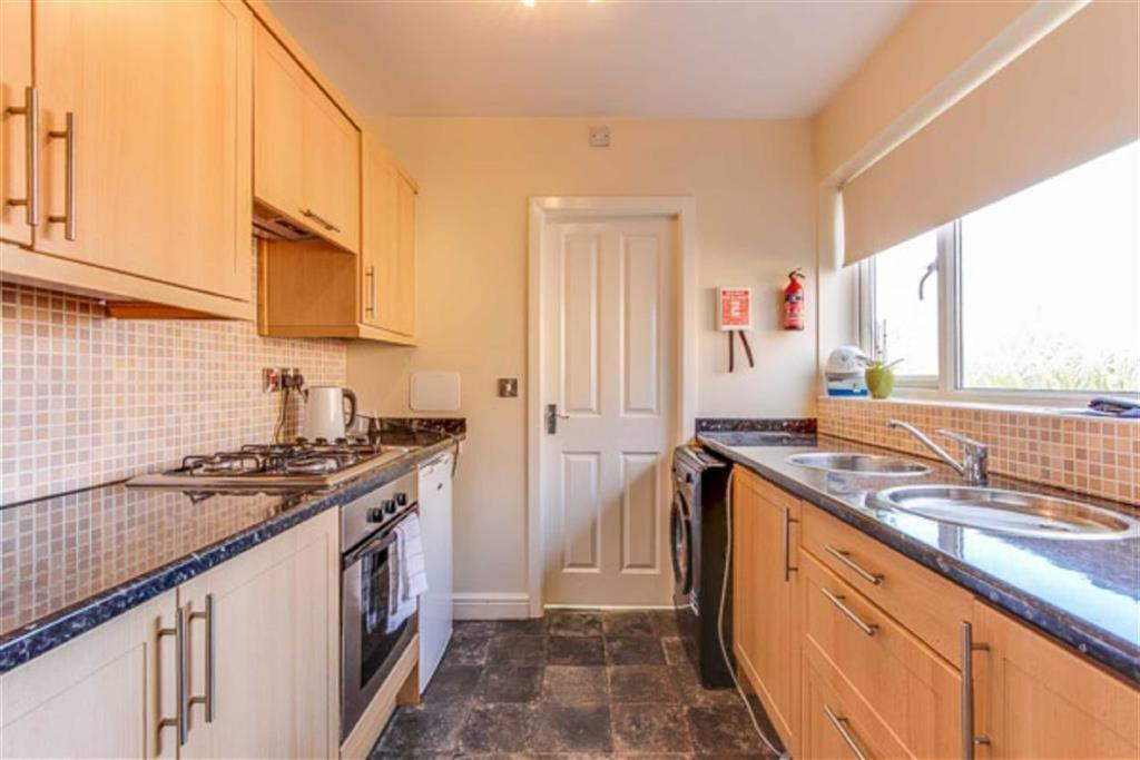 1 Bedroom Flat for sale in Chester Road East, Shotton, Deeside, Clwyd