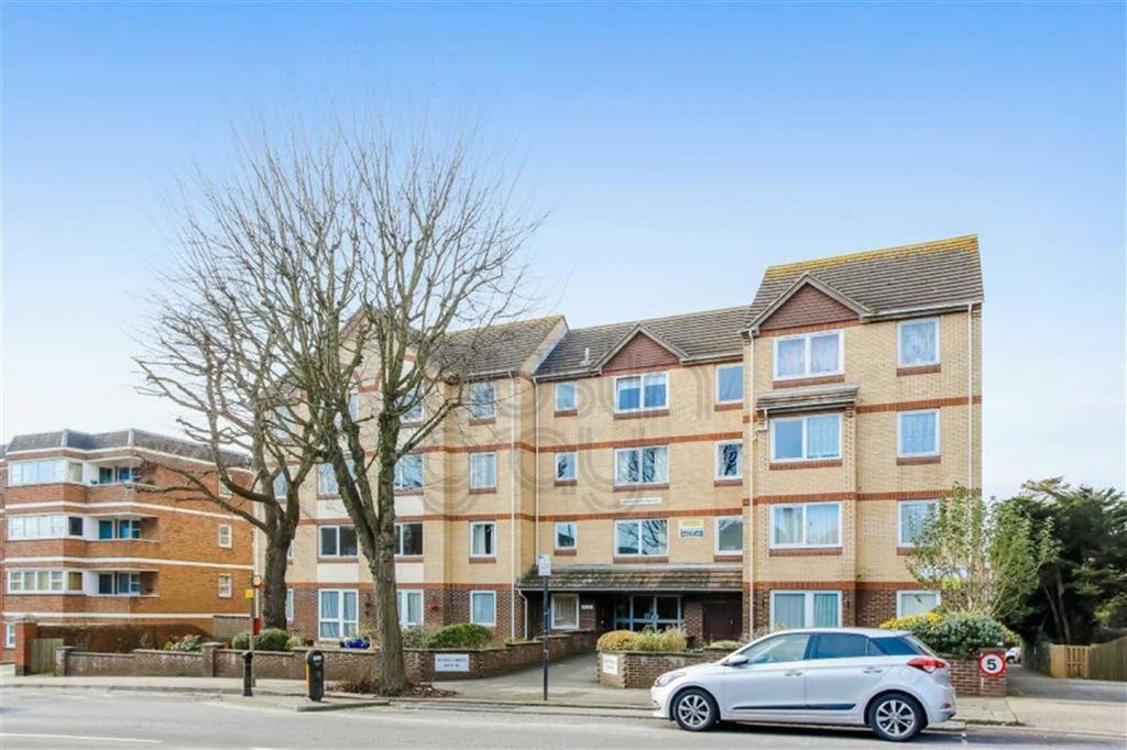 Flat for sale in 2 Homedrive, The Drive, Hove
