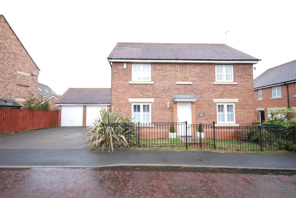 4 Bedrooms Detached House for sale in Chipchase Mews, Great North Park