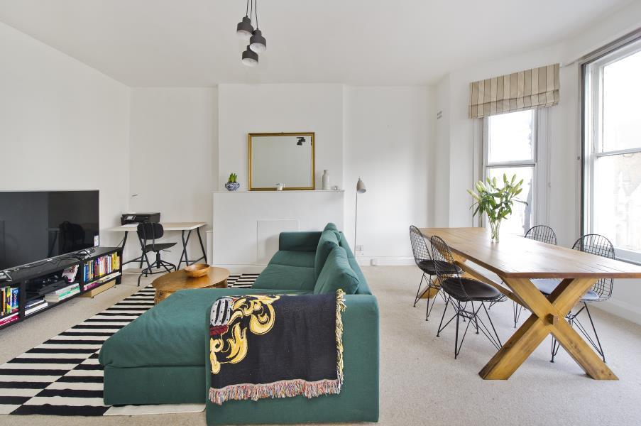 2 Bedrooms Flat for sale in Holland Road, Holland Park W14