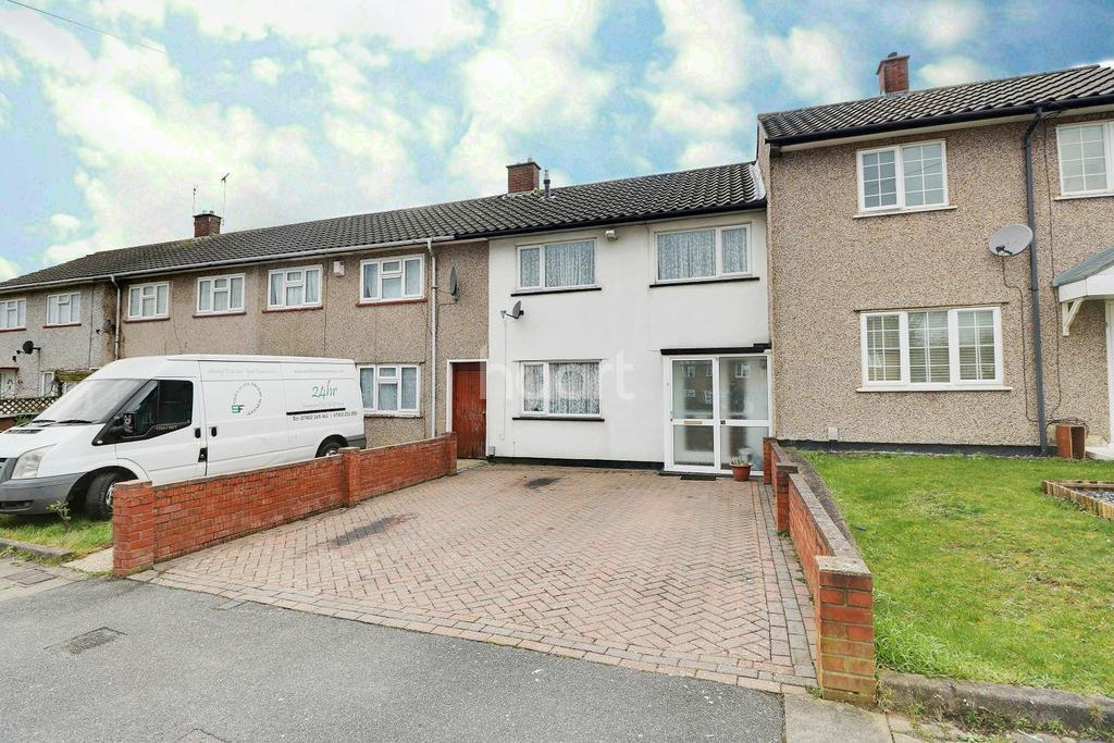 3 Bedrooms Terraced House for sale in Albermarle Close, LU4