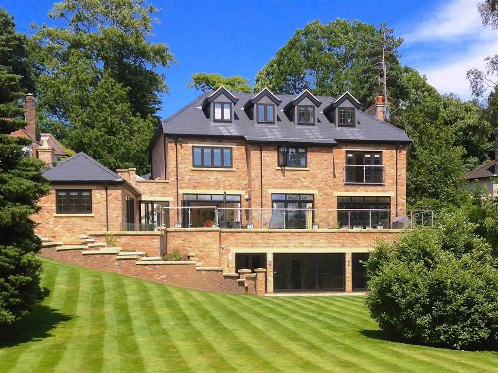6 Bedrooms Detached House for sale in Castle Hill, Prestbury