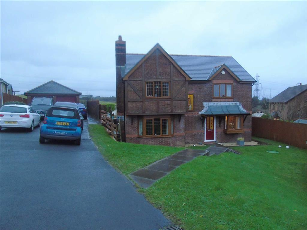 4 Bedrooms Detached House for sale in Maes Becca, Llannon, Llanelli
